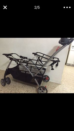 Baby Trend Snap-N-Go Double Universal Double Stroller for Sale in Miami, FL