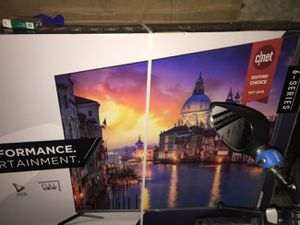 65in. TCL SMART TV WITH ROKU for Sale in Vallejo, CA