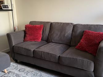 Brown Sofa Couch For $100 !! for Sale in Seattle,  WA