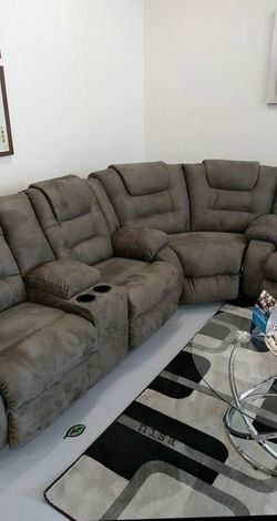💦. BRAND NEW. 💦SPECIAL] McCade Cobblestone Reclining Sectional for Sale in Beltsville,  MD