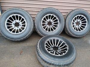 15x8. Aluminio rims 6 oyos Toyotas Nissan colorado for Sale in Manassas, VA