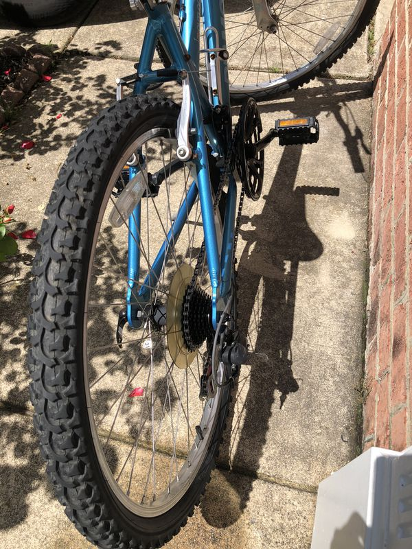 Diamondback Ladies' Mountain Bike