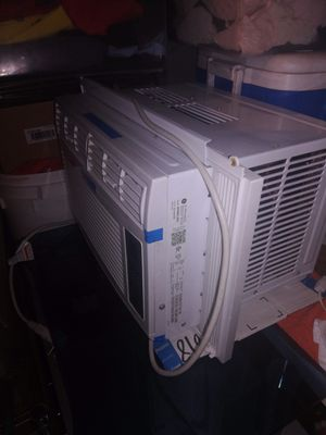 Ac window unit bueno 6000 btus for Sale in Irving, TX