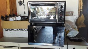 Microwave and mini oven for Sale in Fresno, CA