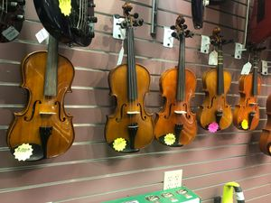 Assorted Violins, multiple size and prices for Sale in Louisville, KY
