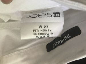 JOE'S white jeans waist 27 for Sale in Gig Harbor, WA