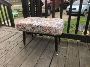 Accent stool / entryway seating / bench / stool / for Sale in Taylor, MI