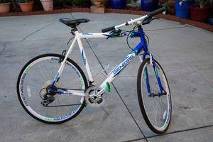 Road Bike - Genesis GS - 700 Flat Bar for Sale in Phillips Ranch, CA