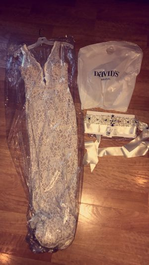 NWT!!!! Lace designer Wedding Dress and Sash!!! for Sale in Creve Coeur, IL