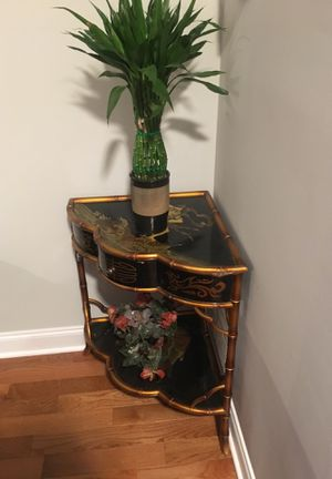 Decoration Table/ End table for Sale in Ashburn, VA