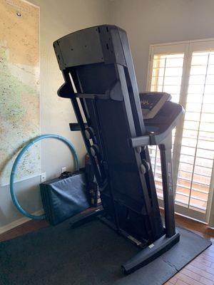 Epic TL 2015 Treadmill for Sale in Laveen Village, AZ