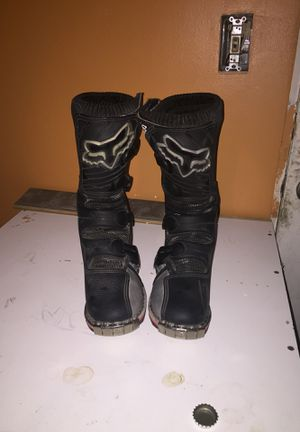 Forma Pro fox racing boots size 4 for Sale in Antioch, CA