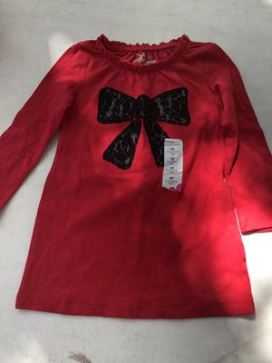Girls shirt size 2t for Sale in Plant City, FL