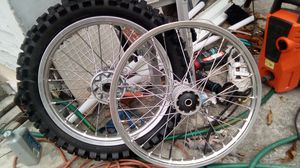 Honda CRF 250 rims and new rear tire dunlop for Sale in NC, US
