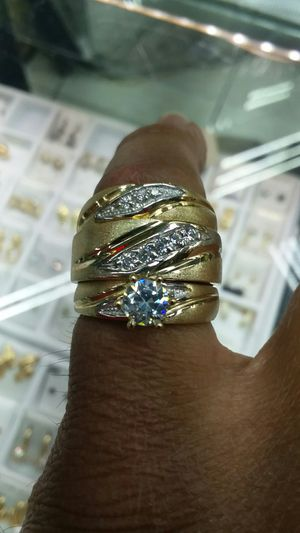 14k Gold wedding set ring CZ 10.6 grams for Sale in Los Angeles, CA