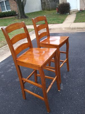 2 COUNTER HIGTH CHAIRS LIKE NEW. FOR SALE for Sale in Silver Spring, MD