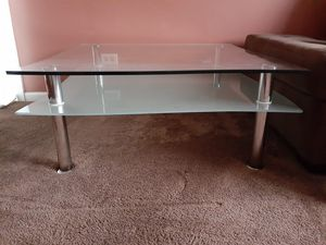 Barely used coffee table for Sale in MONTGMRY, IL