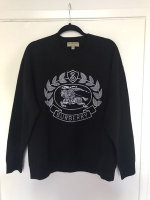 Burberry sweater new size medium for Sale in Huntington Beach, CA