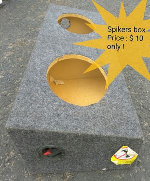 9' spikers box only $ 10 for Sale in Las Vegas, NV