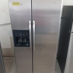 Maytag Refrigerator for Sale in Modesto, CA