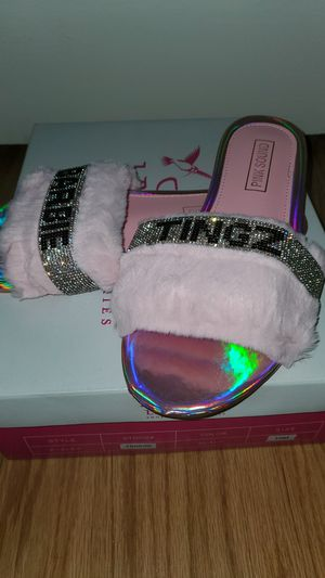 Pink Furry Sandals 👡 for Sale in Norfolk, VA