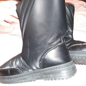 Boys Snow Boots for Sale in West Covina, CA