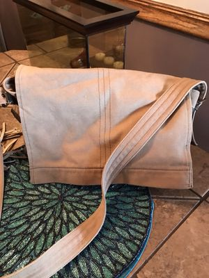 Tan canvas Fossil brand messenger bag purse for Sale in Pittsburgh, PA