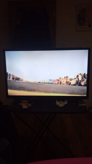 32 Inch Flat Screen Tv DVD Combo for Sale in Queens, NY