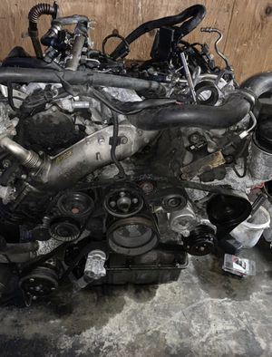 Mercedes Benz Sprinter Engine OM642 3.0L V6 for parts only for Sale in Federal Way, WA