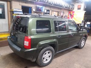 2005 Jeep patriot 4x4 for Sale in Allentown, PA