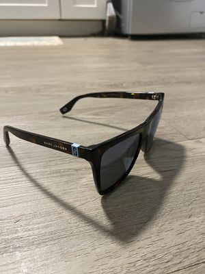 Marc Jacob Sunglasses for Sale in College Park, MD
