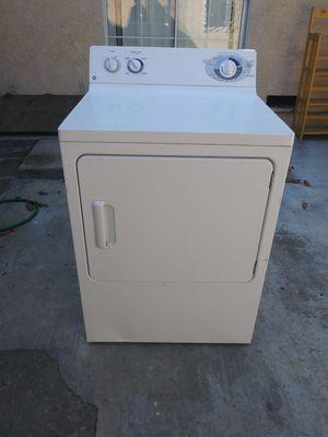 Secadora de gas exelentes condiciones for Sale in Lynwood, CA