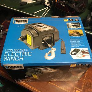 1TON PORTABLE ELECTRIC WINCH for Sale in San Bernardino, CA