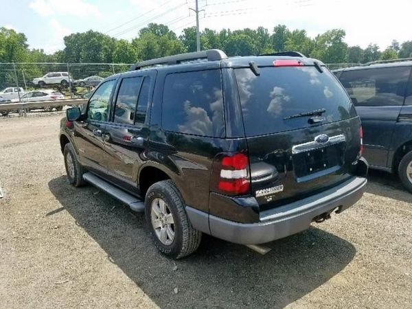 2006 FORD EXPLORER XLS 4.0L 4x4Parts only. U pull it yard cash only.
