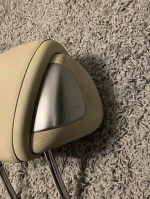 g37 head rest with speakers (parts) for Sale in Tacoma, WA