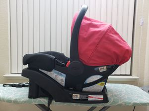 Graco Click Connect Car Seat with Base for Sale in Santa Clara, CA