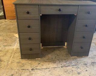 grey desk $175 for Sale in Fullerton,  CA