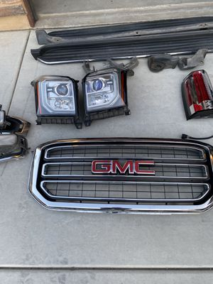 Misc auto parts off a 2015 GMC YUKON SLT. $100 per set pieces or $300 for all parts OBO. All parts are in good working order. for Sale in Menifee, CA