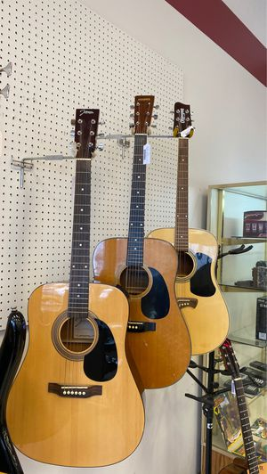 Acoustic guitars for Sale in Austin, TX