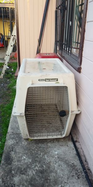 Petmate giant dog kennel for Sale in San Leandro, CA