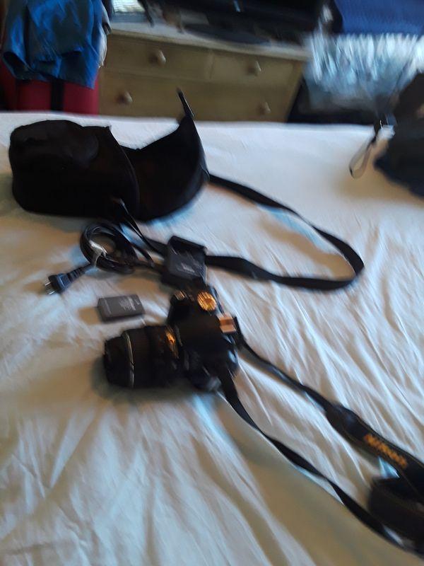 Nikon digital camera D3000