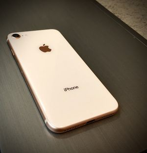 Iphone 8 - 64 GB - Color Gold - Unlocked - Very Good Condition for Sale in Orlando, FL