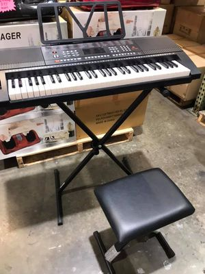 🎹🎹🎹61 Keys Keyboard with Stand and Bench🎹🎹🎹 for Sale in Chino, CA