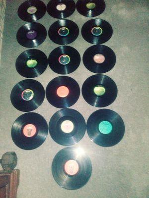 16 VYNLE BEATLES ALBUM'S for Sale in Philadelphia, PA