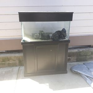 40 gal fish tank for Sale in San Diego, CA