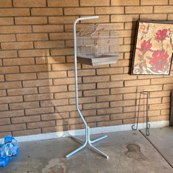 Like New Hanging Bird Cage for Sale in Glendale,  AZ