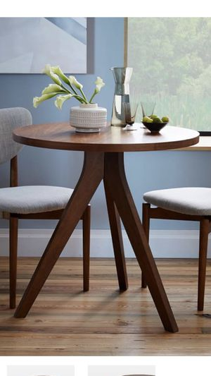 West Elm Tripod Dining Table (Modern) for Sale in Queens, NY