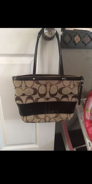 Coach purse for Sale in Las Vegas, NV
