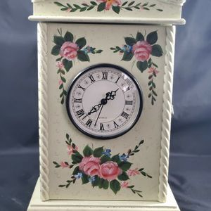 Vintage Wooden Wall Box Clock for Sale in Chattanooga, TN