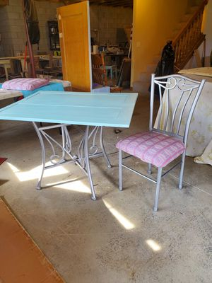 Kitchen Table for Sale in Utica, OH